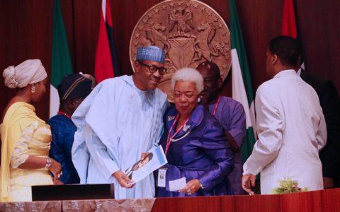 Nigeria: Buhari Receives Fake Martin Luther King's Award