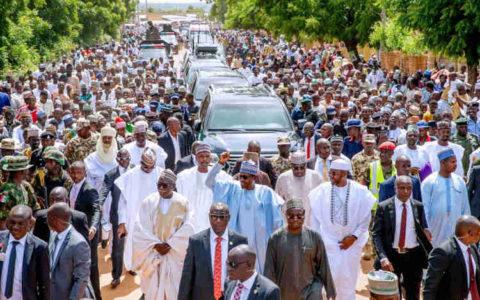 Nigeria: President Buhari Treks a Whooping 800 Meters
