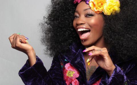Fashion: Dress Like You by Lois Emmanuel