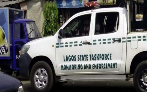 Lagos Task Force Orders Removal of Illegal Structures, Kiosks on Badagry Expressway