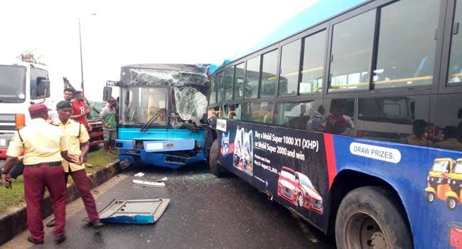 Two BRT Buses Involved in a Head-on Collision