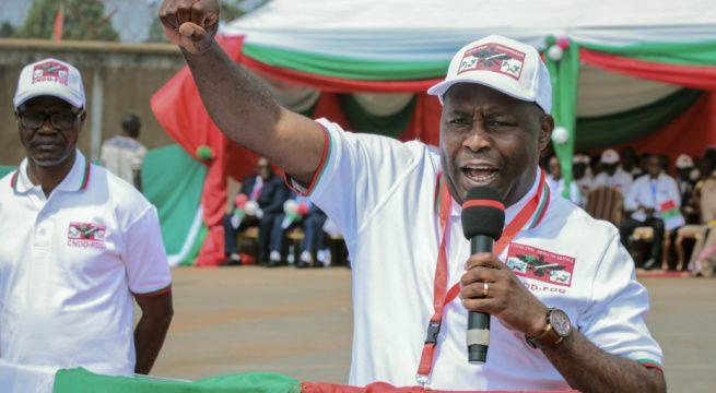 Burundi Swears in Ndayishimiye as President