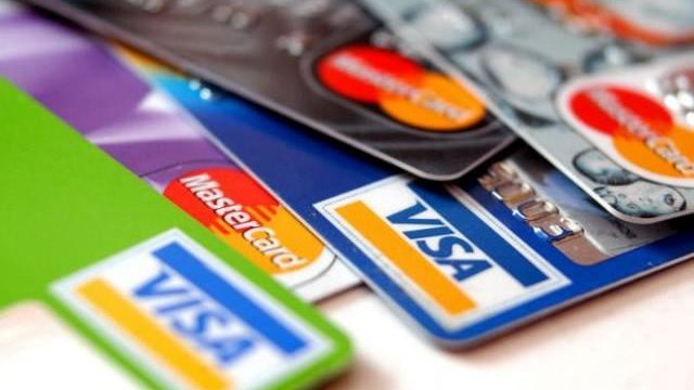 Banks in Nigeria to Restrict Debit Card Spending Abroad to Reduce FX Risk