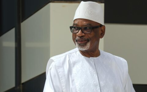 Mutinying Soldiers Arrest Mali's President and Prime Minister