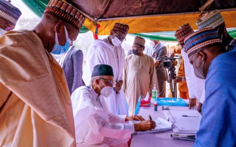 PDP, Afenifere, Others Enraged as 10 APC Governors Accompany Buhari to Daura for APC Registration