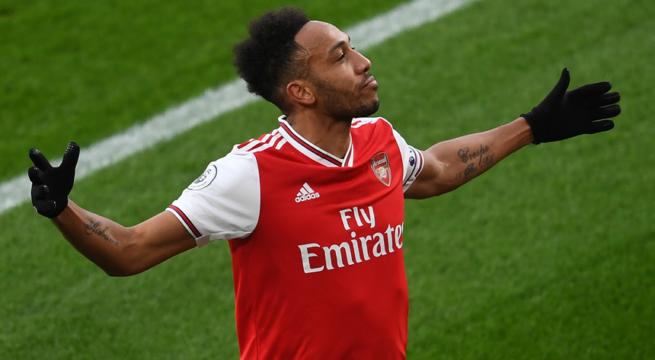 Aubameyang Notches Hat-Trick as Arsenal Trash Leeds 4-2