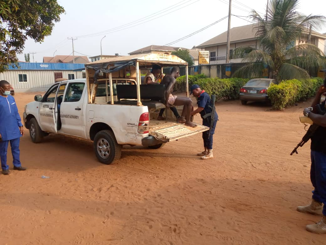 Security Agents Nab Eight Suspects For Attacking ACTDA Officers in Anambra