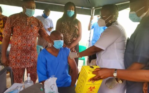 COVID-19 Vaccine: Enugu Govt Prioritizes Heath Workers