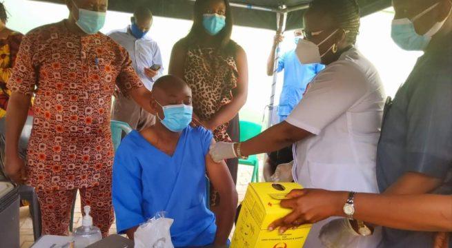 COVID-19 Vaccine: Enugu Govt Prioritizes Heath Workers