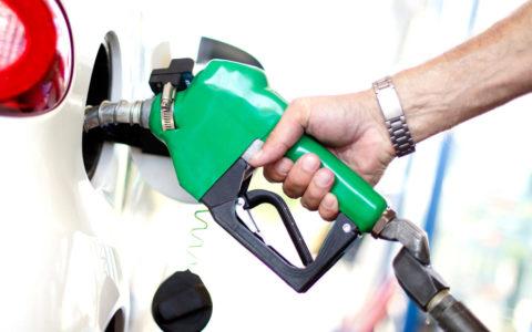 Long Petrol Queues, Hiked Transport Fare Rock Awka as Petrol Price Increases