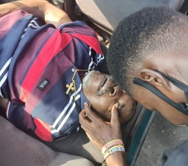 Man Collapses, Dies at FCMB Bank