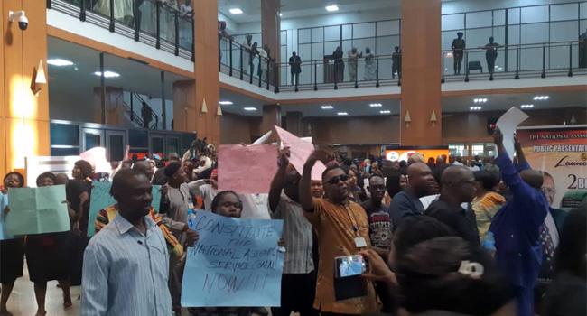 Aides to Legislators Protest over Unpaid Salary Arrears
