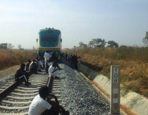 Kaduna-Abuja Train Breaks Down, Leaves Passengers Stranded in Bush