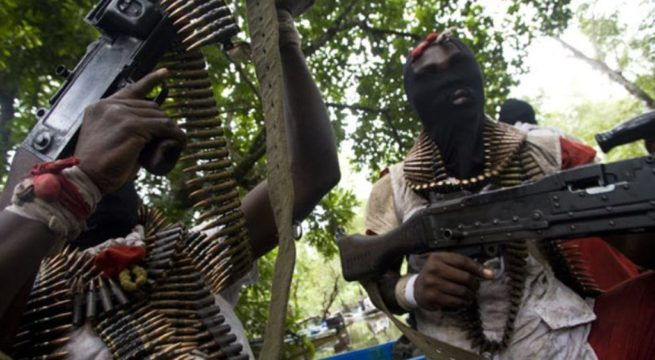 Gunmen Attack Bullion Van In Ondo, Kill Two Policemen